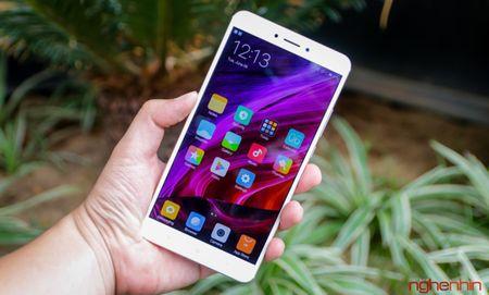 Phat hien lo hong bao mat lon tren smartphone Xiaomi - Anh 1