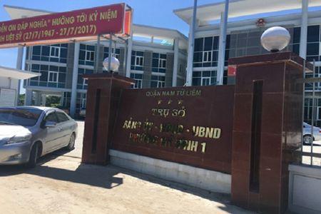 Ha Noi: Nu Bi thu phuong dieu hanh duong day danh bac 4,7 ty dong - Anh 1