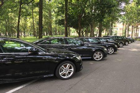 """Xem """"trien lam"""" xe sang Audi phuc vu APEC 2017 tai Dinh Thong Nhat - Anh 2"""