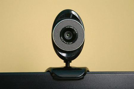 Coi chung, CIA co the bi mat dieu khien may tinh, camera cua ban - Anh 3