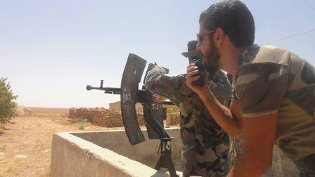 'Ho Syria', La chan Qalamount tan cong IS tai Hama - Anh 5