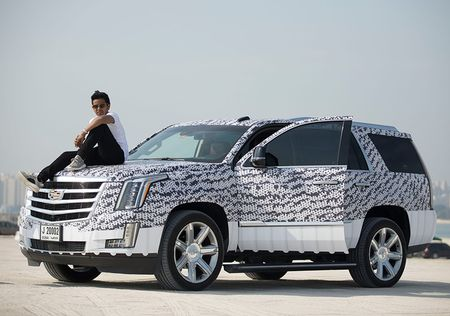 Con trai ty phu Dubai chua du tuoi da tau sieu xe - Anh 3