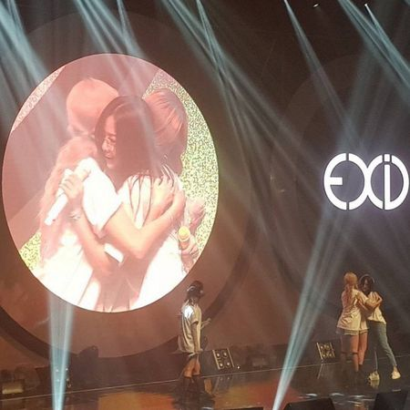8 thang sau san khau o Viet Nam, fan EXID vo oa khi 5 thanh vien lan dau hoi ngo - Anh 4