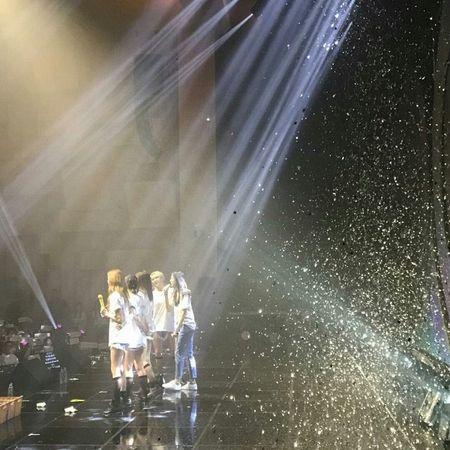 8 thang sau san khau o Viet Nam, fan EXID vo oa khi 5 thanh vien lan dau hoi ngo - Anh 7