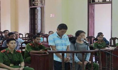 Quang Tri: 12 nam tu cho hai vo chong buon ma tuy - Anh 1
