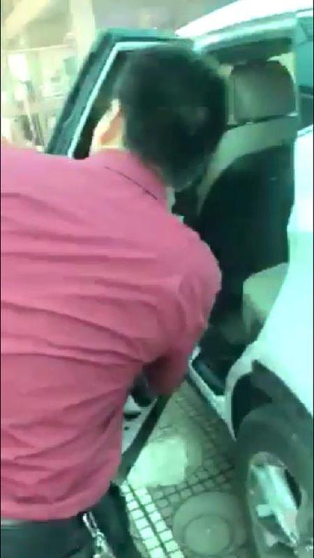 Luat su noi gi ve vu ban xe bi loi gia tien ty o Hyundai Thai Nguyen? - Anh 3