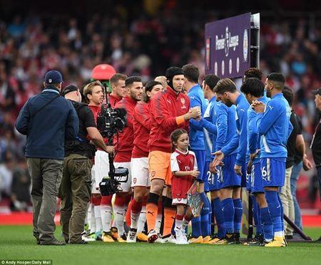 Arsenal danh bai Leicester trong 'con mua' ban thang - Anh 1