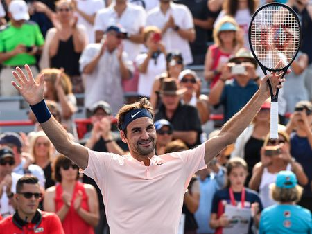 Federer vao ban ket Rogers Cup, tien gan hon toi ngoi so 1 the gioi - Anh 1