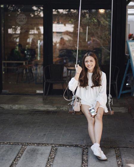 Hot girl Thai Lan 21 tuoi gay thuong nho voi nu cuoi toa nang - Anh 11