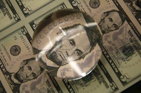 Ty gia ngoai te ngay 12/8: USD tang nhe - Anh 1