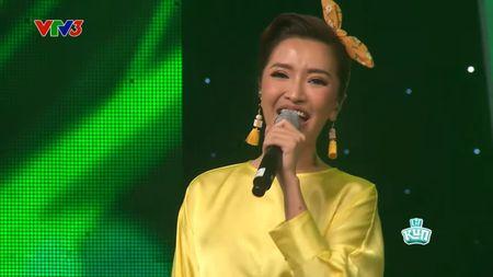 Vietnam Idol Kids: Bich Phuong bi che hat live yeu hon thi sinh nhi - Anh 1