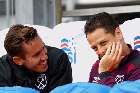 Pogba, Lukaku va 10 cap bai trung hua hen toa sang o Premier League - Anh 7