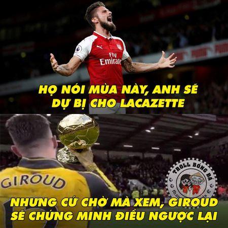 Biem hoa 24h: Arsenal mo man Premier League 'chat' nhu Bphone 2017 - Anh 8
