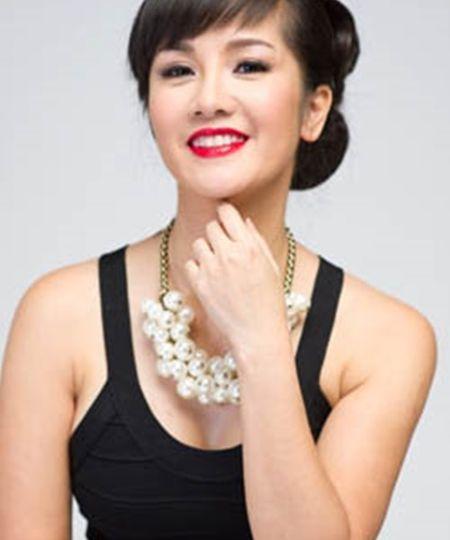 'Bong' Hong Nhung: Tu co gai que kieng den my nhan tre mai khong gia - Anh 11
