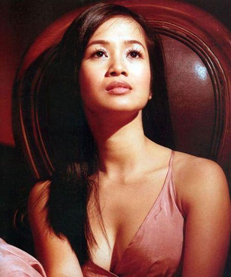 'Bong' Hong Nhung: Tu co gai que kieng den my nhan tre mai khong gia - Anh 12