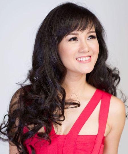 'Bong' Hong Nhung: Tu co gai que kieng den my nhan tre mai khong gia - Anh 15