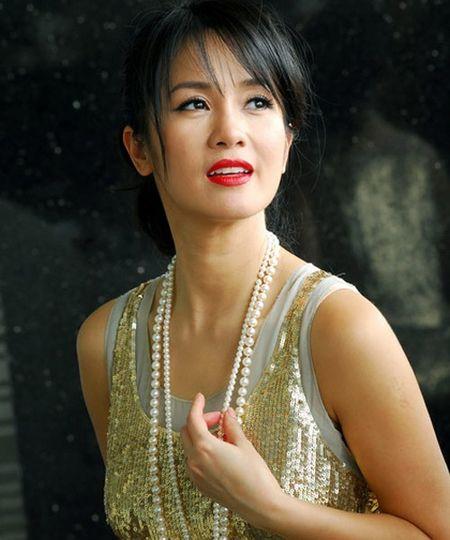 'Bong' Hong Nhung: Tu co gai que kieng den my nhan tre mai khong gia - Anh 5