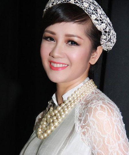 'Bong' Hong Nhung: Tu co gai que kieng den my nhan tre mai khong gia - Anh 7