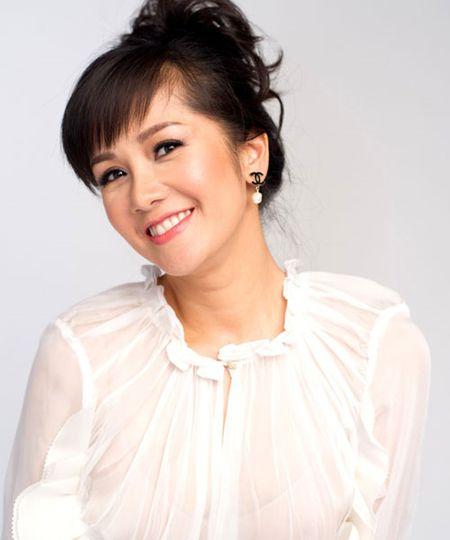'Bong' Hong Nhung: Tu co gai que kieng den my nhan tre mai khong gia - Anh 9