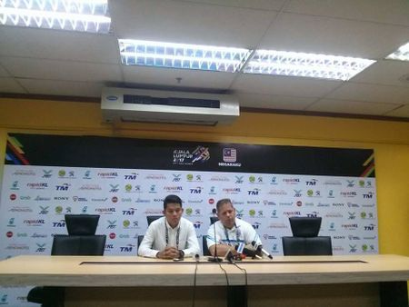 Thua tham, HLV Brazil tiet lo su that kho tin ve U22 Campuchia - Anh 1