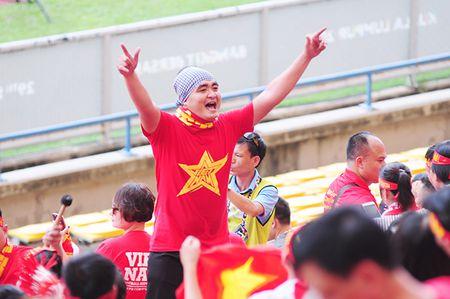Xuc dong khoanh khac U22 Viet Nam xep hang chao CDV nha - Anh 3