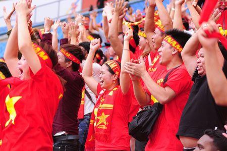 Xuc dong khoanh khac U22 Viet Nam xep hang chao CDV nha - Anh 6