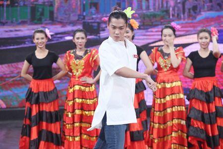 Chan dung tinh moi cua Ly Phuong Chau giua on ao ngoai tinh - Anh 11