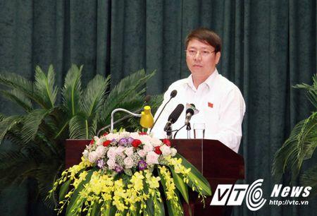 Chu tich TP Hai Phong phe binh Giam doc So Xay dung vi 2 vu viec 'nong' - Anh 1