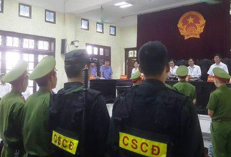 Tra ho so, dieu tra lai vu giang ho Nam Dinh ban nguoi - Anh 2