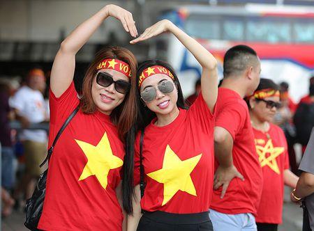 Cong Phuong lap cu dup, Viet Nam de bep Campuchia - Anh 5