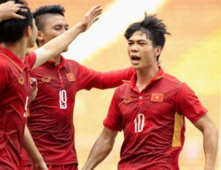 Cong Phuong bung no: 'Nhiem vu cua toi la phai ghi ban' - Anh 4