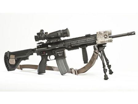 My quyet chon sung truong tan cong M-27 Duc de doi trong voi AK-12 Nga - Anh 13