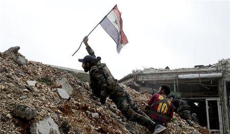 Quan doi Syria danh bat khung bo khoi bien gioi voi Jordan - Anh 1