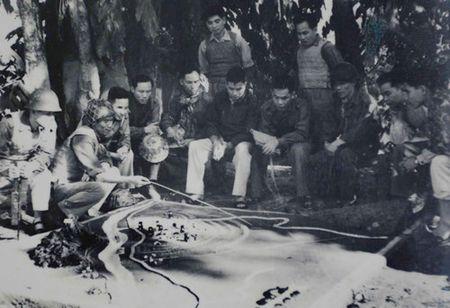 Dong chi Song Hao voi nhung thang loi mo dau trong Tong khoi nghia Thang Tam nam 1945 - Anh 1