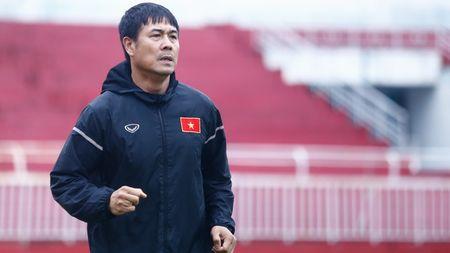Xuan Truong vuong nghi an tay the, HLV Huu Thang noi gi? - Anh 1