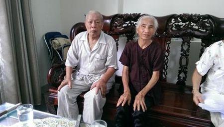 To con dau khai tu bo me chong con song: Am muu - Anh 1