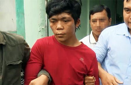 Loi khai nghi pham mau lanh sat hai lai xe om bang 27 nhat dao - Anh 1