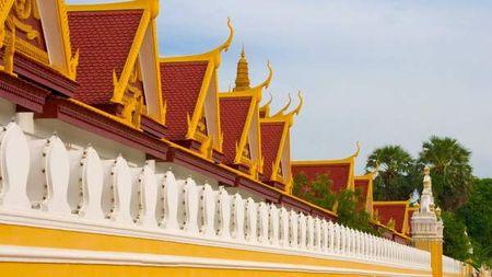 Kham pha ve trang le cua cung dien hoang gia Campuchia - Anh 2
