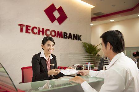 Techcombank se chao ban 500 trieu co phan, gia dot dau 30.000 dong/cp - Anh 1