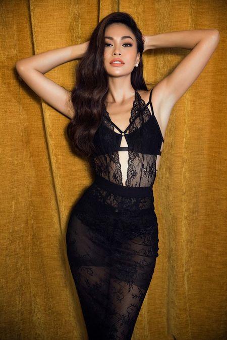 Mau Thuy sexy 'dot mat' nguoi nhin truoc ngay thi Miss Universe Vietnam 2017 - Anh 5