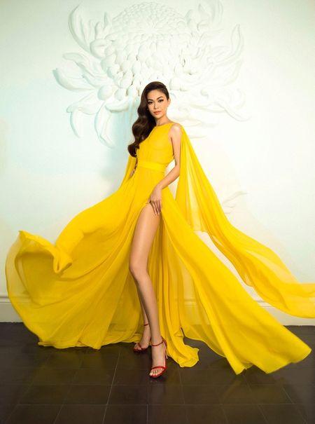 Mau Thuy sexy 'dot mat' nguoi nhin truoc ngay thi Miss Universe Vietnam 2017 - Anh 8