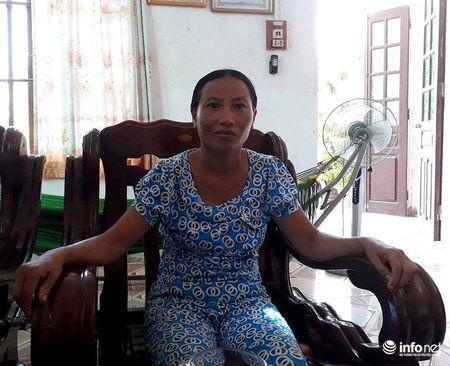 Thanh Hoa: Hang loat vo can bo xa 'lot' danh sach ho ngheo... nha khac - Anh 2
