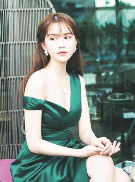 Chuyen dong cung: Phan Dang Di, Ngoc Trinh, Hoai Lam, Thuy Dung, Duc Huy - Anh 2