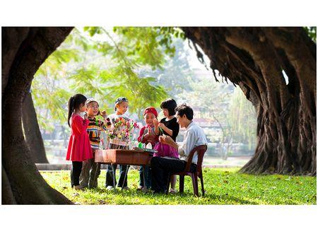Goc nho Ha Noi qua ong kinh cua NSNA Xuan Chinh - Anh 6