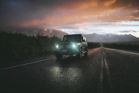 Mercedes-Benz G-Class lay dong cam quan qua khoanh khac 'vang' - Anh 7