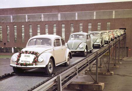 Chiec xe Volkswagen thu 150 trieu xuat xuong sau hon 80 nam - Anh 2