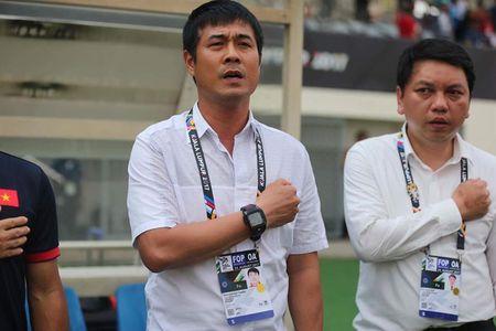 HLV Huu Thang tu chuc: Cong Phuong, Xuan Truong len tieng - Anh 1