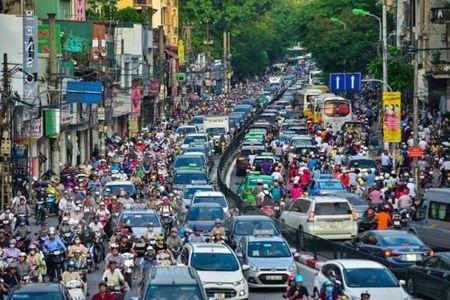 Ha Noi chinh thuc phe duyet de an han che xe may - Anh 1