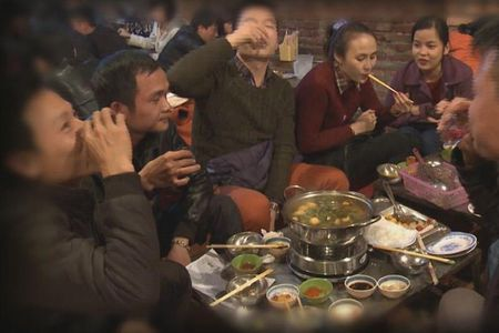 Khong phai nguoi Viet uong bia nhieu nhat the gioi - Anh 1