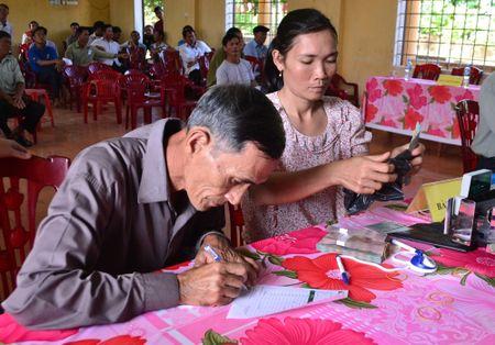 Mien hoc phi cho HS sau su co moi truong bien: Noi co noi khong - Anh 2